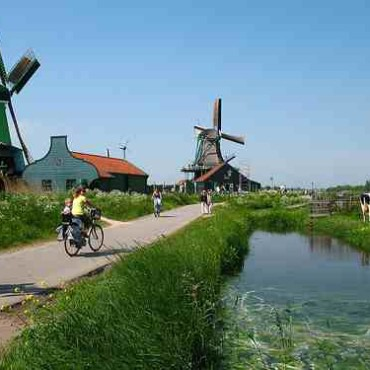 Best places to go on holiday in Holland