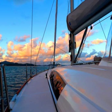 Sailing with ISail Whitsundays and Blizzard