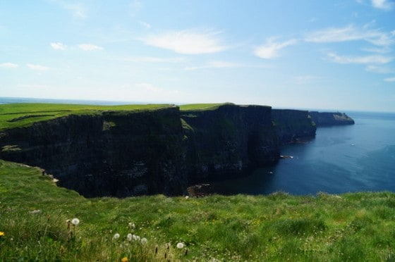 Whats at the Cliffs of Moher