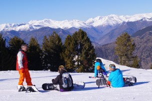 Learning to ski in Catalonia