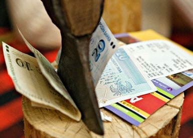Splitting costs when travelling