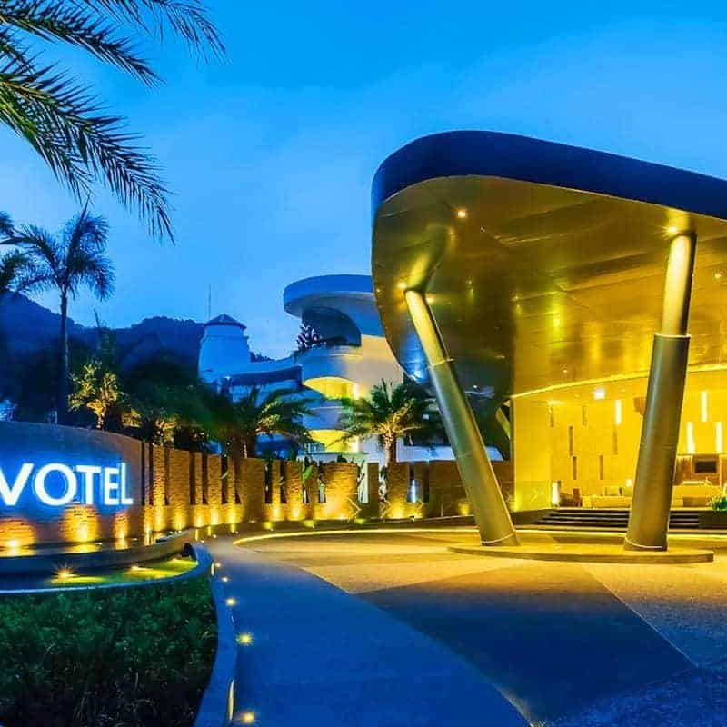 Hotel review: Novotel Phuket Karon Beach Resort And Spa