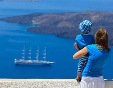 5 Reasons Why Greece is Perfect for Family Trips