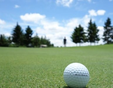 Golfing getaways on a budget: 4 ways to make it happen