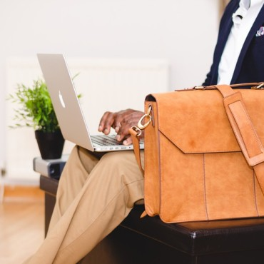 The Top 10 Travel Essentials for a Men Carry-On