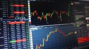 Pros and cons of forex while travelling