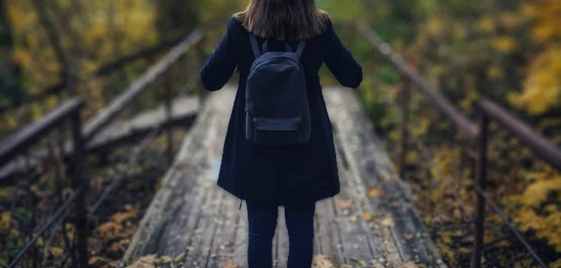 How to avoid loneliness when travelling